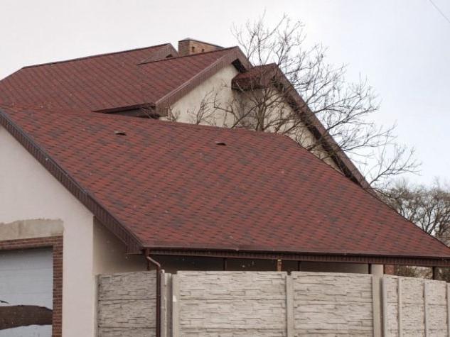 Пришла осень – пора делать крышу.