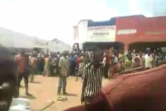 Женщину в Конго приговорили к изнасилованию собственным пасынком из за рыбы