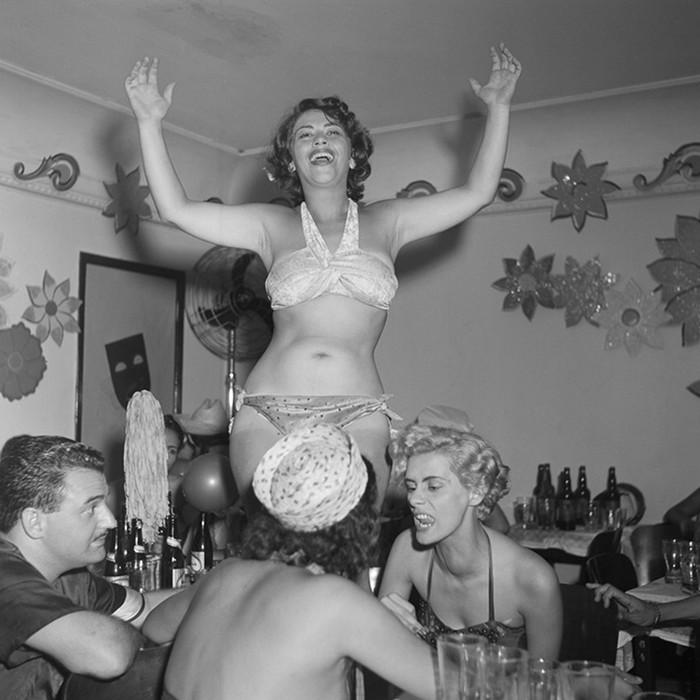 Как отрывались наши бабушки в 1953 году