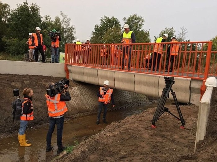 В Нидерландах открыли распечатанный на 3D-принтере мост