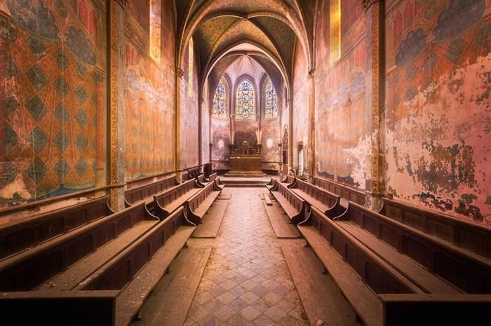 Заброшенная Франция в фотографиях Романа Робрука