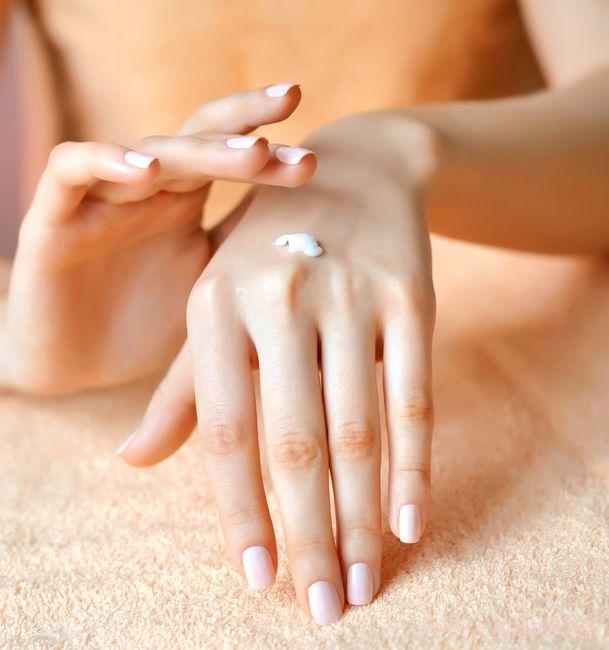 Маски для очень сухой кожи рук