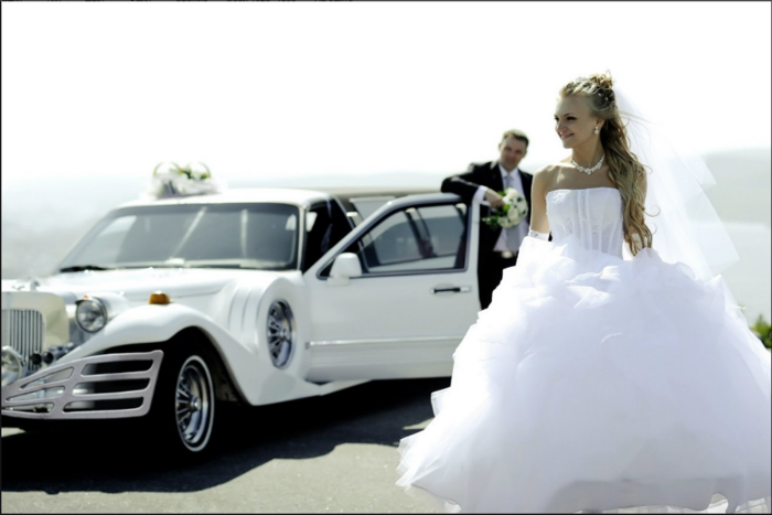 "alt=""Как организовать свадебное торжество без лишних трат""/2835299_Kak_organizovat_svadebnoe_torjestvo_bez_lishnih_trat00 (700x467, 258Kb)"
