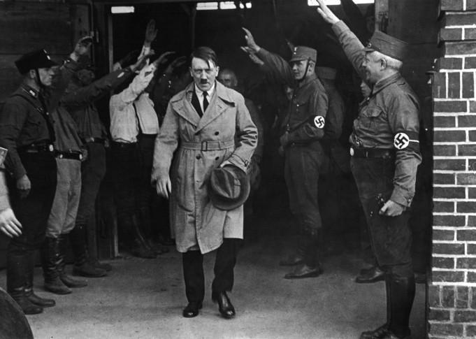 Куда делись останки Гитлера? Легенда прикрытия— секретная операция «Архив»