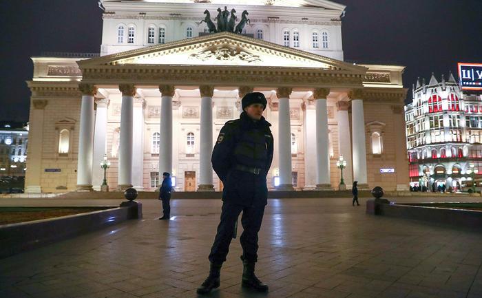 bolshoi_police (700x433, 392Kb)