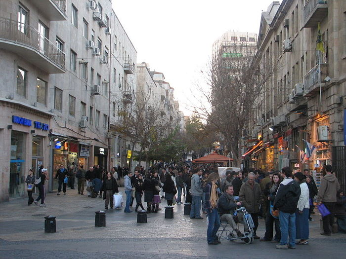 4638534_Ben_Yehuda_Street (700x525, 92Kb)