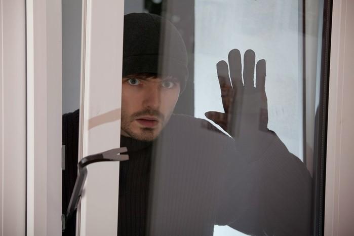 138246004 111117 1012 54 Реальные истории, после которых вы дважды проверите закрытую дверь!
