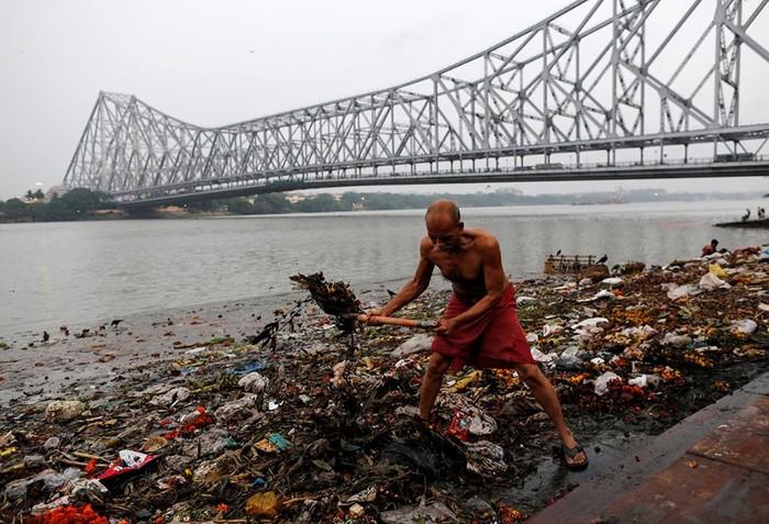 Река Ганг: от кристальной чистоты до ужасного загрязнения