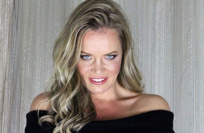 Проститутка стала писательницей и рассказала о тайных желаниях 10 тысяч своих секс партнеров