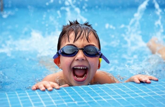 Жуткие факты о бассейнах, которые отбивают охоту там плавать