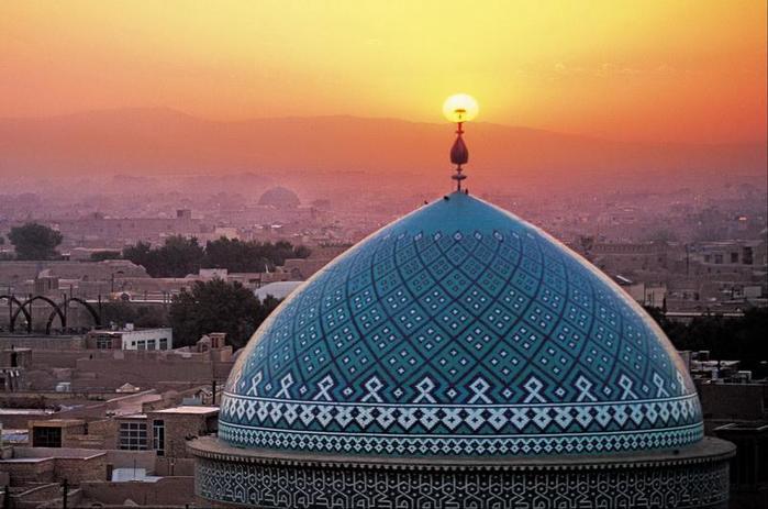 3256587_otdih_v_irane (700x463, 52Kb)
