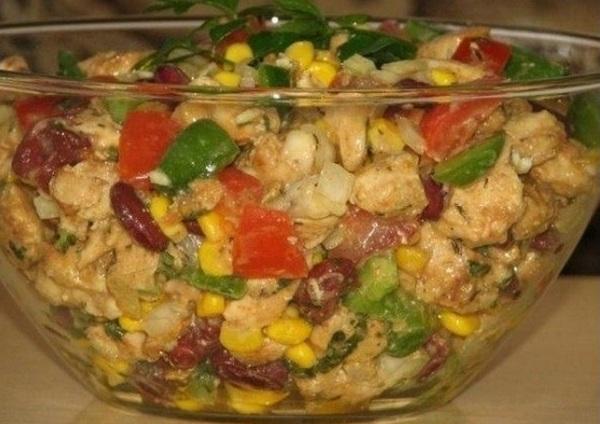 куриный салат с кукурузой и фасолью (600x424, 227Kb)