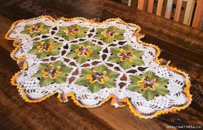 Декоративная салфетка крючком с цветами (3) (700x450, 282Kb)
