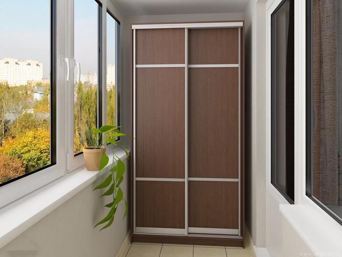 Отделка балконов натуральными материалами. мебель для балкон.