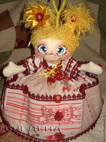 Вязаная кукла грелка на чайник своими руками 53