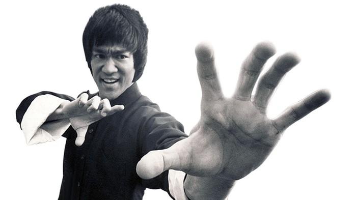 7 уроков жизни, которым можно научиться от Брюса Ли
