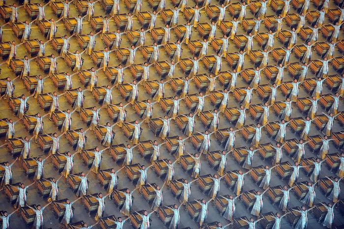 китай искусство толпы фото 5 (700x465, 585Kb)