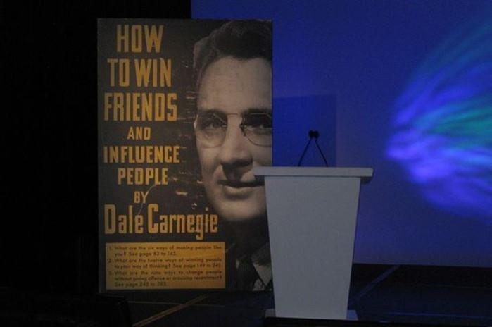 Дейл Карнеги: был ли счастлив знаменитый психолог, который учил этому других?