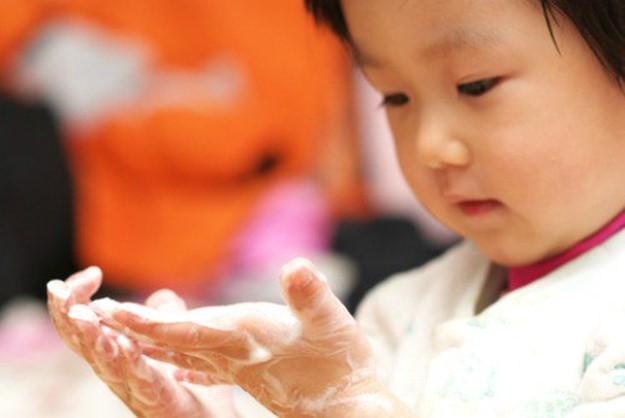 Младенцы, мыло и шампуни? Совершенно неправильно!