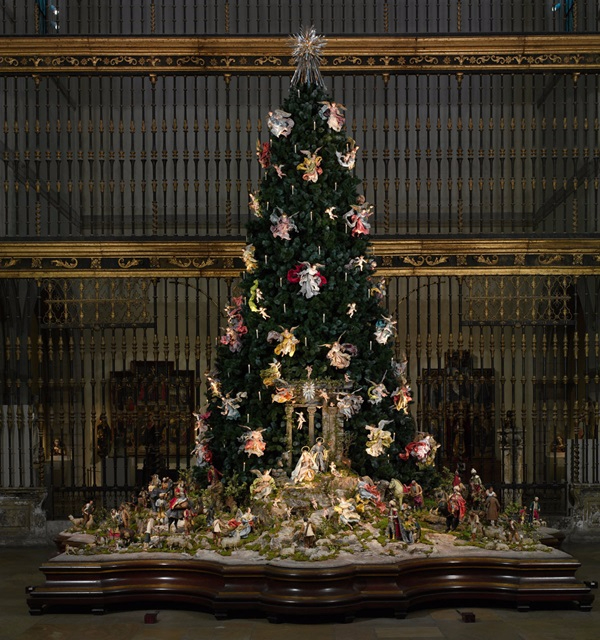 ChristmasTree_exhibitiondetail (600x640, 397Kb)