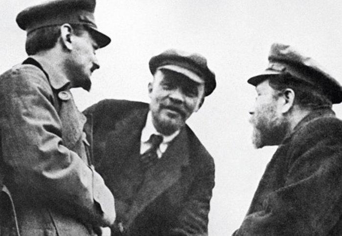 Зачем американские банки спонсировали большевиков?