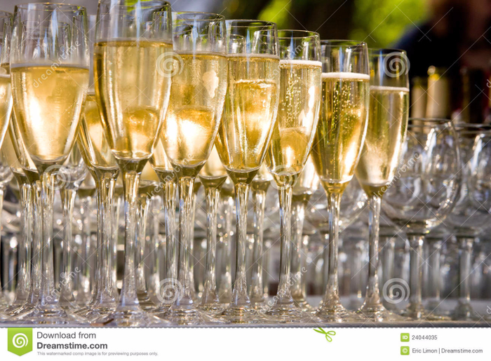 glasses-champagne-24044035 (700x515, 483Kb)