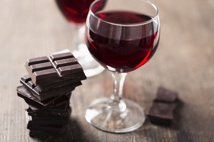 dark-chocolate-red-wine (700x466, 137Kb)