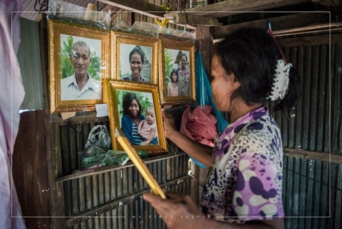 Селфи жителей Камбоджи: фотопроект с первыми портретами в жизни