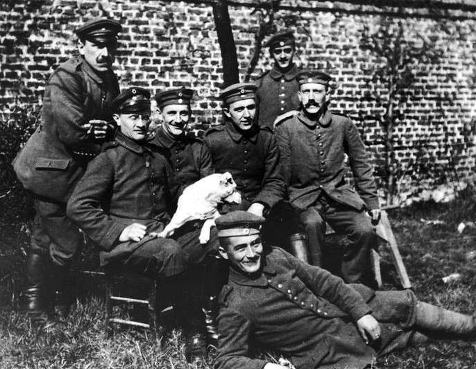 Как сражался Гитлер в Первую мировую войну? Храбро и умело!