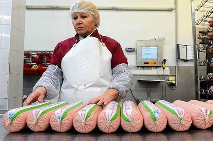 Зачем в СССР придумали «докторскую» колбасу