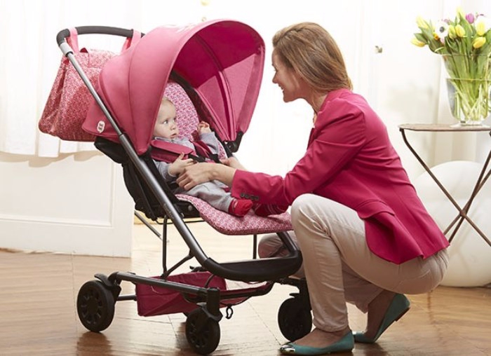 passeggino-paseos-tuc-tuc-2013-foto-con-bambino-mamma (700x508, 241Kb)