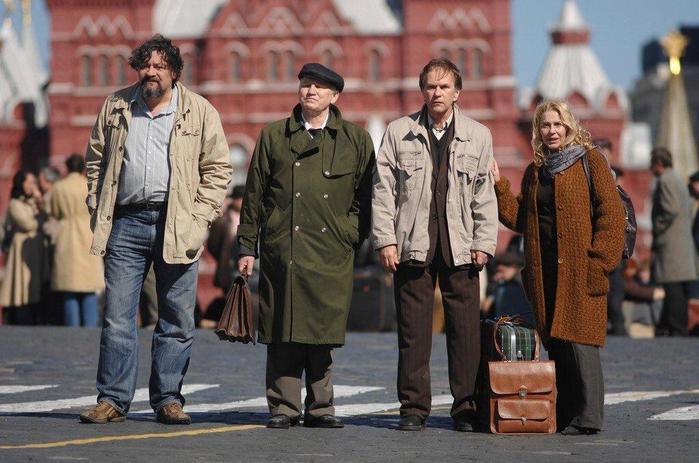 На сколько сократилось население России в 1990-е годы