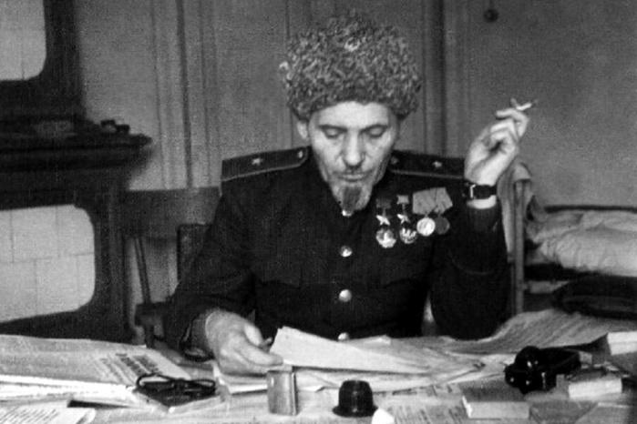 Как фамилия Сидоров стала такой популярной у русских