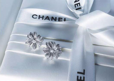 the-Chanel-Camelia-Brode-Holiday-2011-Collection (470x334, 122Kb)