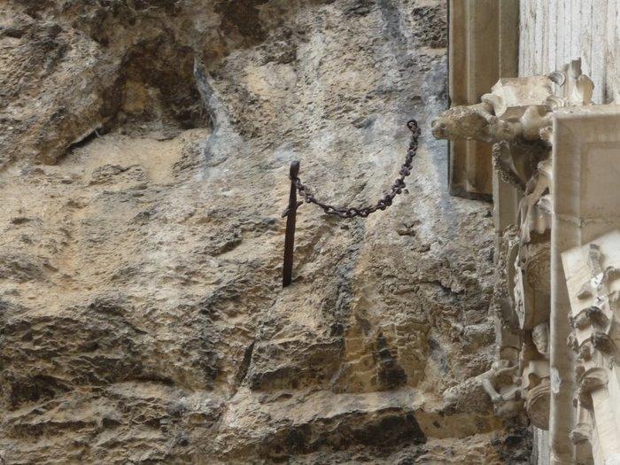 Экскалибур и другие знаменитые мечи