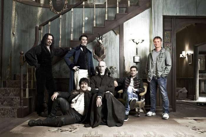 6073048_whatwedointheshadows_174496 (700x467, 42Kb)