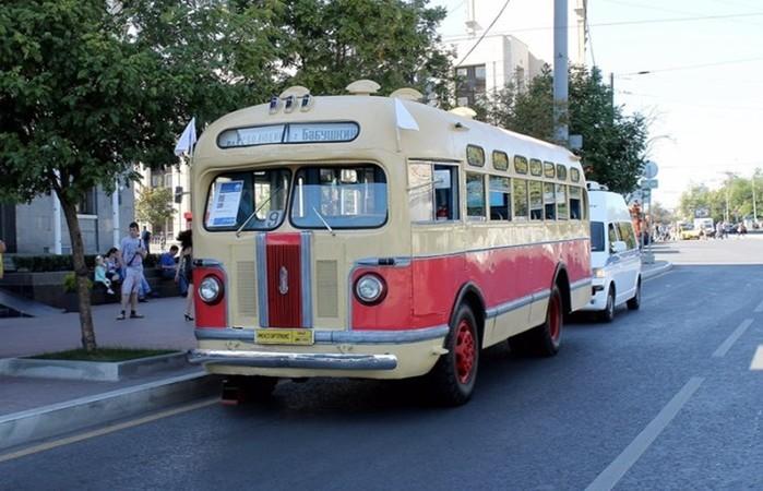 Советский красавец ЗИC-155: позабытый автобус-легенда