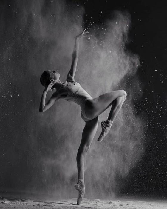 19 летняя балерина восхитила весь мир своей красотой и грацией!