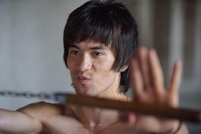 Молодой афганец как две капли воды похож на легендарного Брюса Ли