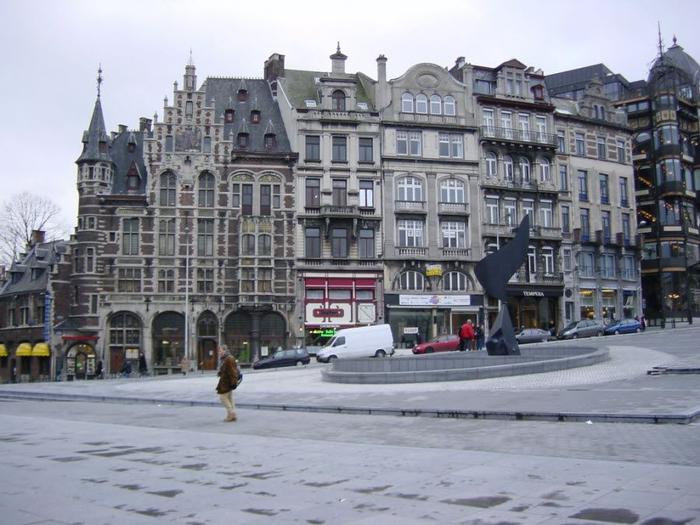 13. brussel-Belgium-01 (700x525, 343Kb)