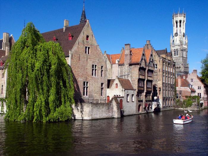 17. Brugge-Belgium (700x525, 450Kb)