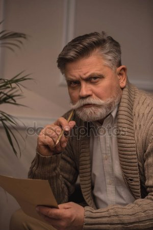 depositphotos_184395874-stock-photo-thoughtful-senior-man-writing-letter (300x450, 78Kb)