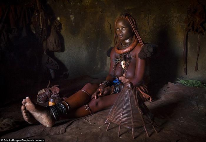 африканские племена фото 3 (700x483, 282Kb)
