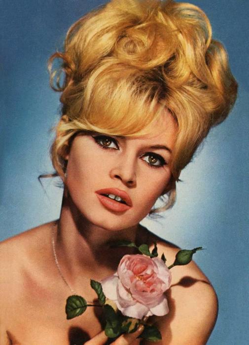Brigitte-Bardot-Makeup-makeup-28983761-1019-1410 (505x700, 361Kb)