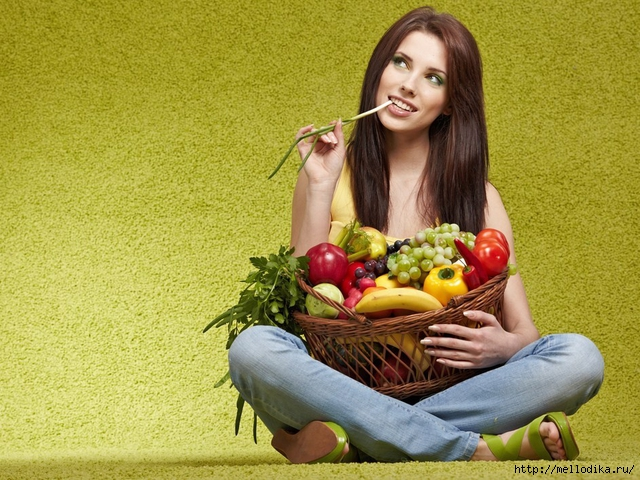 67815_girl_with_fruit_2 (640x480, 295Kb)