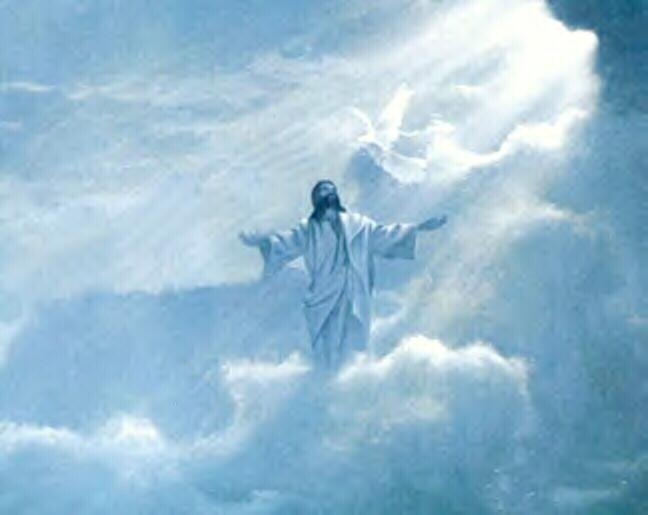5019061_JesusInCloudsWithOutstretchedHandsBkg (648x515, 211Kb)