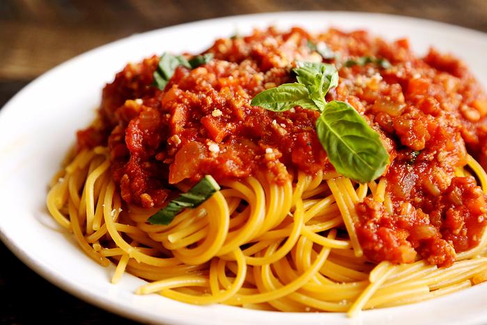 Vegan_Spaghetti_Bolognese_Recipe_001 (700x466, 485Kb)