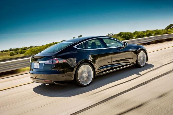 3936605_Tesla_Model_S (700x466, 195Kb)