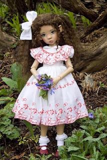 Для фотосессий. Держатель для куклы своими руками (10) (214x320, 115Kb)