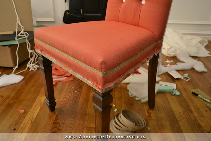 upholstered-dining-chair-makeover-23 (700x466, 484Kb)